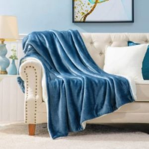 3. Bedsure Sherpa Fleece Fuzzy Blanket, (50x60 inches)