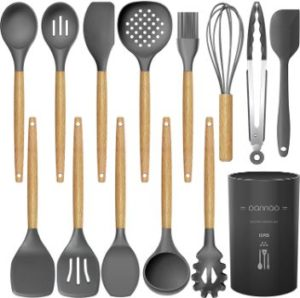 #3. Oannao Kitchen Utensil Set